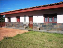 Detached house, 330 m², 3 bedrooms, almost new