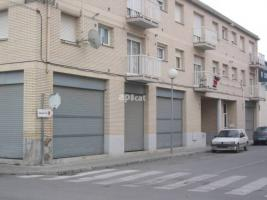 For rent business premises, 500.00 m², AV. MIL.LENARI