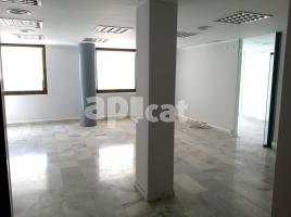 For rent office, 70.00 m², Dos de Maig