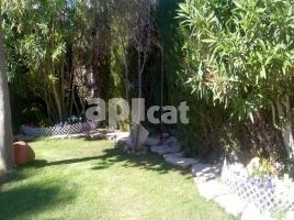 Houses (villa / tower), 305.00 m², near bus and train, del Raval