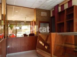 For rent business premises, 50.00 m², near bus and train, de la Xamora
