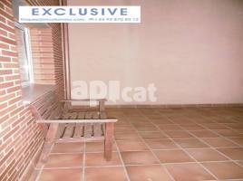 Terraced house, 215 m², near bus and train, new, Muy cerca de La Iglesia