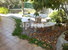 For rent Houses (villa / tower), 400.00 m², near bus and train