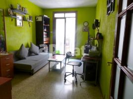 Flat, 61.00 m², close to bus and metro, de Sant Bertran