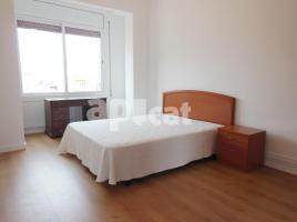 For rent flat, 94 m², near bus and train, Rosselló - Padilla