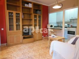 For rent apartament, 54 m², near bus and train, Passeig Montjuic - Mata
