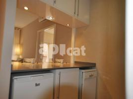 For rent flat, 45 m², close to bus and metro