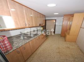 For rent flat, 76 m², near bus and train, MEGACONFORT