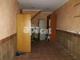 Houses (detached house), 97 m², near bus and train