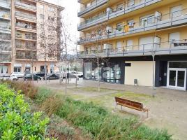 For rent business premises, 177 m², Palau Sacosta