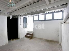Local comercial, 324 m²