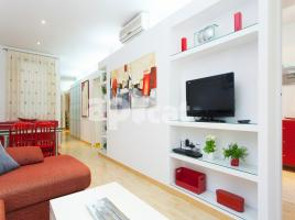 Flat in monthly rentals, 74 m², close to bus and metro, Aragón - Esquerra De L' Eixample