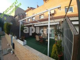 Houses (terraced house), 270.00 m², almost new