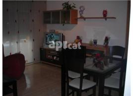 For rent flat, 101 m², almost new
