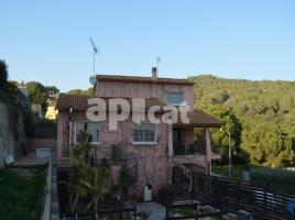 Houses (villa / tower), 310.00 m², rosella