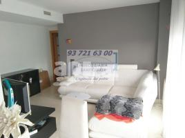 Flat, 68 m², almost new