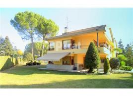 Detached house, 450 m²