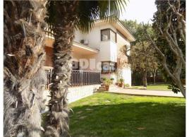 Detached house, 300 m²