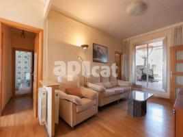 Flat, 188 m², near bus and train