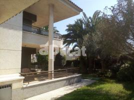 Houses (villa / tower), 723.00 m²