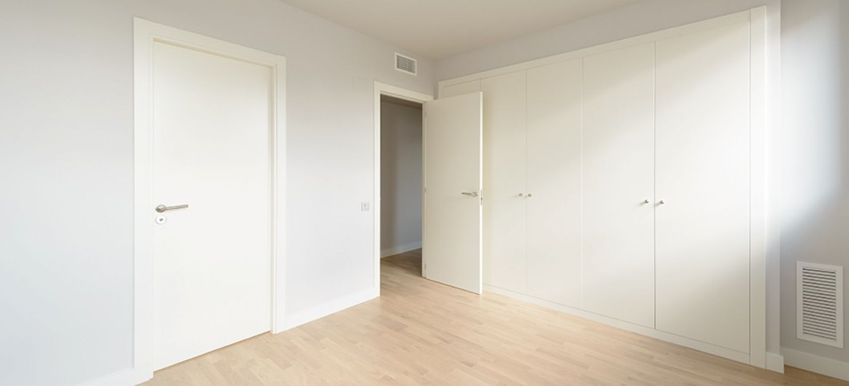 New home - Flat in, 108 m², near bus and train, new