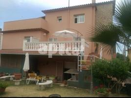 Houses (detached house), 225.00 m², near bus and train, Galligans
