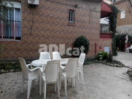 Houses (detached house), 98 m², near bus and train
