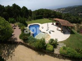 Houses (villa / tower), 353.00 m²