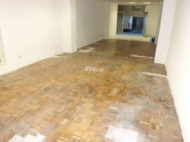 Local comercial, 200.00 m²
