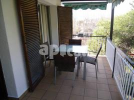 For rent apartament, 51 m², near bus and train