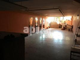For rent business premises, 138.00 m², near bus and train, Faus, 2