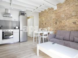 Flat in monthly rentals, 40 m², close to bus and metro, Portal Nou - Born