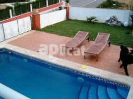 For rent Houses (detached house), 346 m², near bus and train