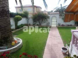 Houses (villa / tower), 130.00 m², near bus and train