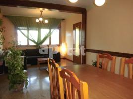 For rent Houses (detached house), 429 m², near bus and train